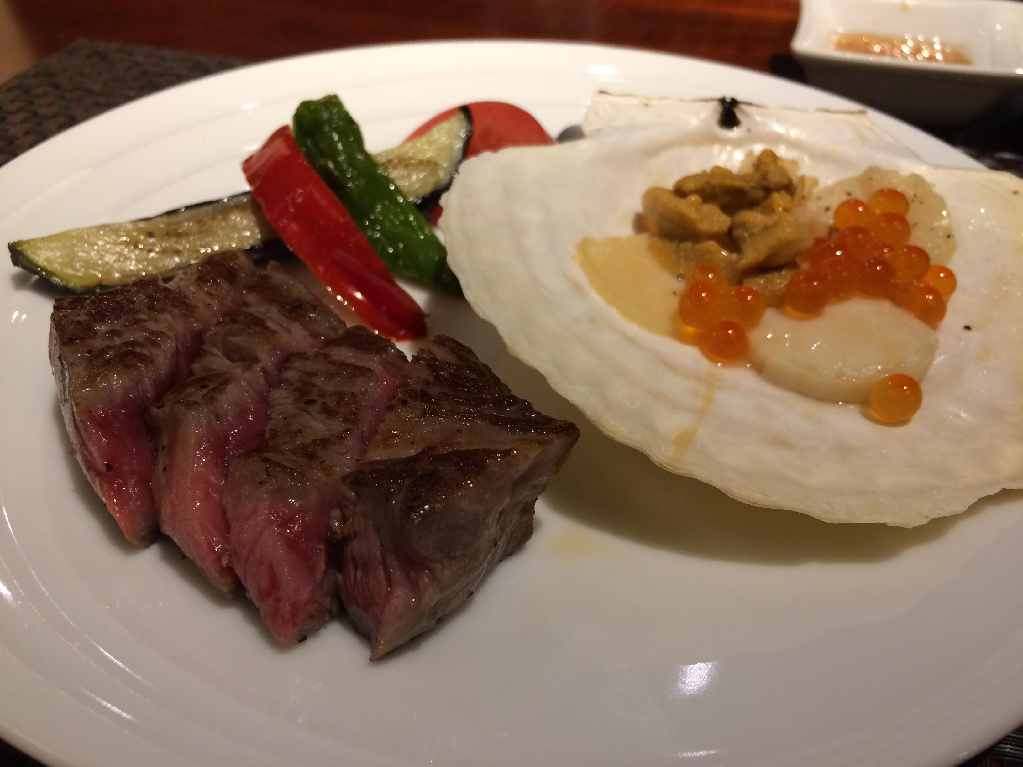 夕食 ステーキ(拡大)