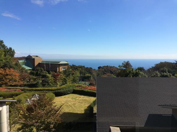 フロントからの海の眺め