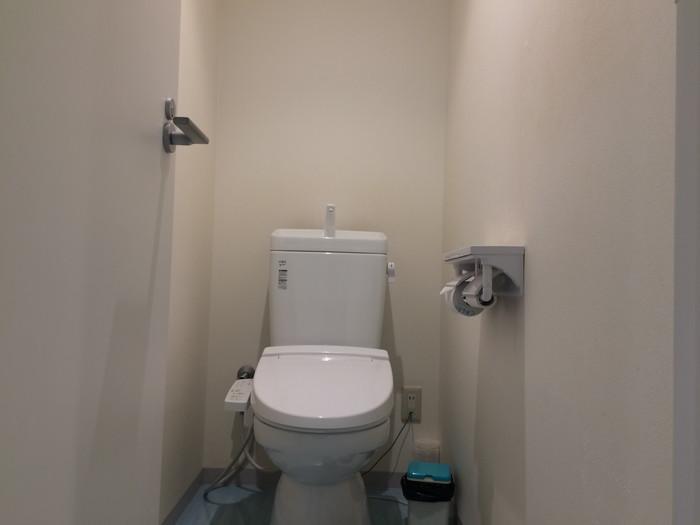 トイレは質素