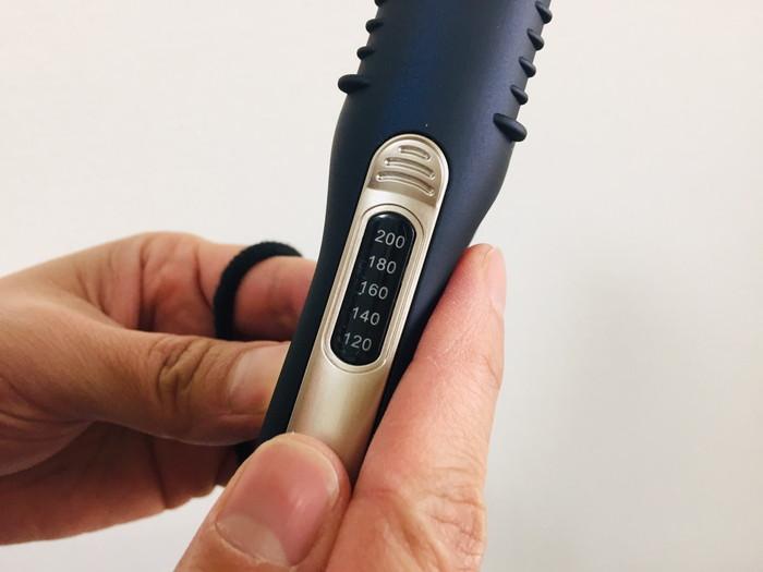 ホリスティックキュア ストレートアイロンの温度調節機能