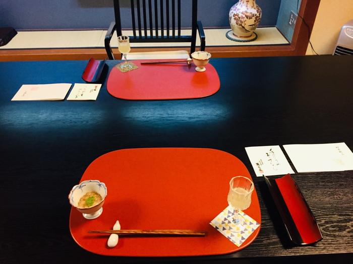塩原温泉の旅館「湯の花荘」の夕食-準備