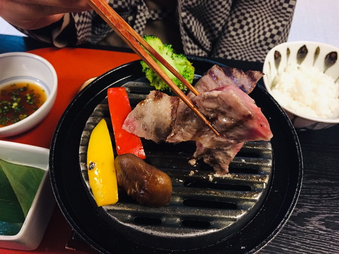 塩原温泉の旅館「湯の花荘」の夕食-焼き物3