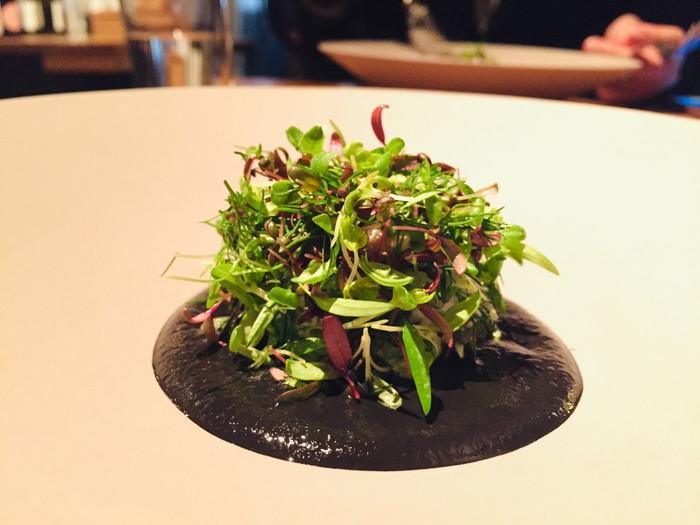 モダンフレンチレストラン「sio(シオ)」のイカとイカ墨