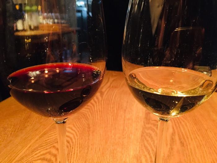 モダンフレンチレストラン「sio(シオ)」のブドウジュース赤・白