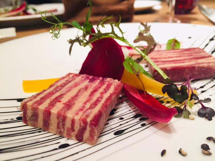 ビストロ「ラトルチュ」の前菜のミルフィーユ2