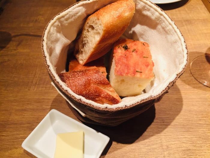 ビストロ「ラトルチュ」のパン2種類